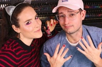 simply-nailogical-bio-age-net-worth-earnings-husband-parents-mom-sister-height